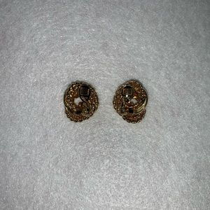 Monet knotted clip on earrings